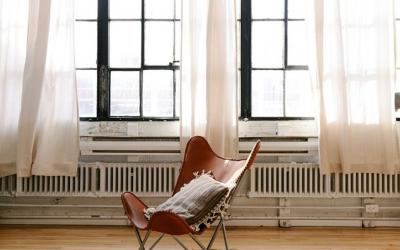 Jak wietrzyć mieszkanie zimą?
