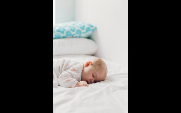 Czyste powietrze w domu, w którym pojawia się niemowlak